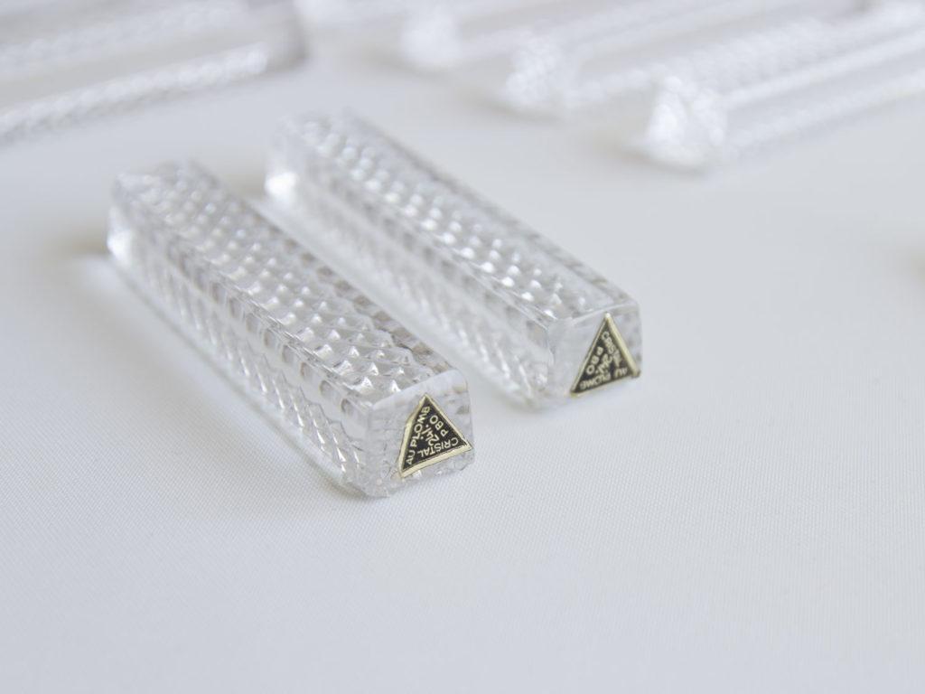 Lot de 12 porte-couteaux en cristal