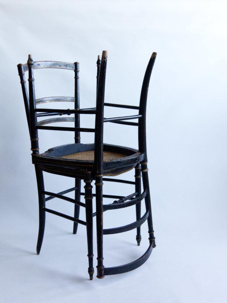 Paire de chaises charivari